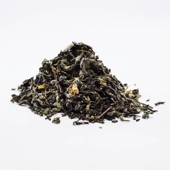 Sommer Tee, BIO